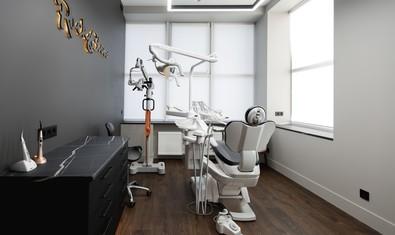 Стоматологическая клиника «Rock & Gloss»