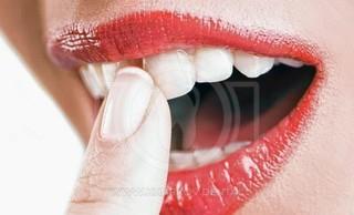 Шатается зуб: причины, профилактика, лечение