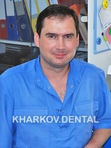Момот Виктор Николаевич