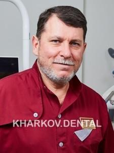 Шелест Евгений Леонидович