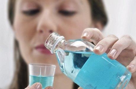 Чем полоскать полость рта, если воспалилась десна
