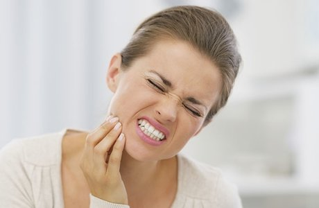 Острая зубная боль. Что можно сделать быстро?