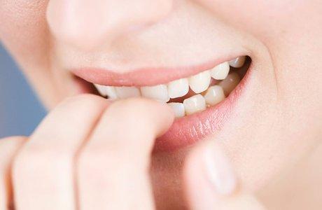 Привычки, которые разрушат наши зубы